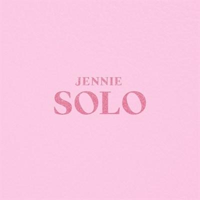 BLACKPINK - JENNIE [SOLO] PHOTOBOOK + плакат - фото 4621