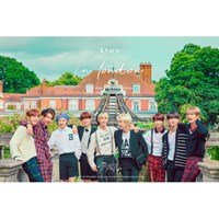 [Пред заказ] Stray Kids - Stray kids First Photobook [Stay in London]